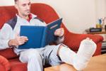Zasiłki - Zasiłek chorobowy - Podstawa wymiaru zasiłku chorobowego dla zleceniobiorcy w pierwszym miesiącu ubezpieczenia - zleceniobiorca, ubezpieczenie wypadkowe, zasiłek chorobowy