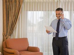 Podatek i składki ZUS od należności z tytułu podróży służbowej