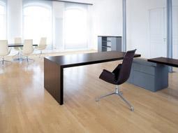 Wyposażenie lokalu na biuro firmy a odliczenie VAT