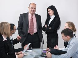 Obowiązek tworzenia ZFŚS u dużego pracodawcy i możliwość rezygnacji z Funduszu
