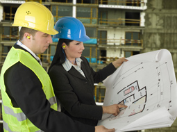 Czy kierownik budowy może pracować na podstawie umowy o dzieło?
