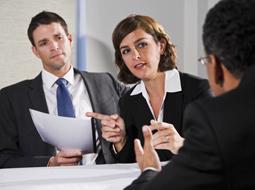 Uzgadnianie regulaminu wynagradzania ze związkami zawodowymi