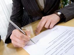 Obowiązki pracodawcy przy rozwiązaniu umowy terminowej