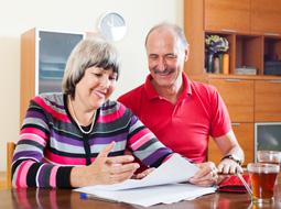 Wniosek o emeryturę za męża może złożyć żona