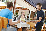 Stawki VAT - Stawka VAT przy świadczeniu usług restauracyjnych - stawka VAT, usługi restauracyjne
