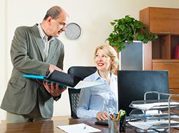 Określenie w regulaminie pracy terminu wypłaty wynagrodzenia