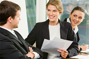 Obowi�zki sprzedawcy przy umowach zawieranych poza firm�