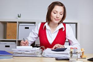 Bilansowe ipodatkowe rozliczenie kosztów wynagrodzeń pracowników