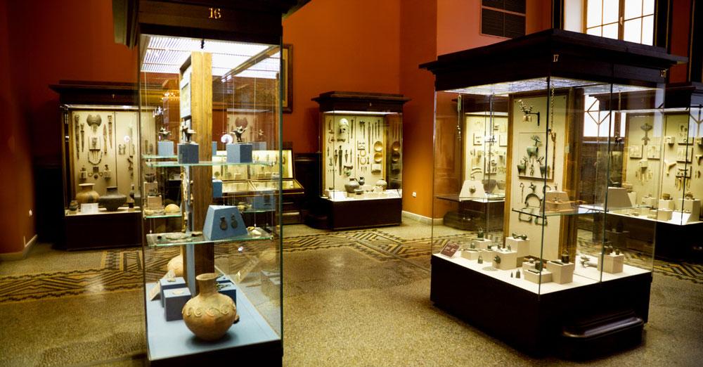 Likwidacja zniszczonego eksponatu nabytego przez instytucję kultury napotrzeby ekspozycji stałej